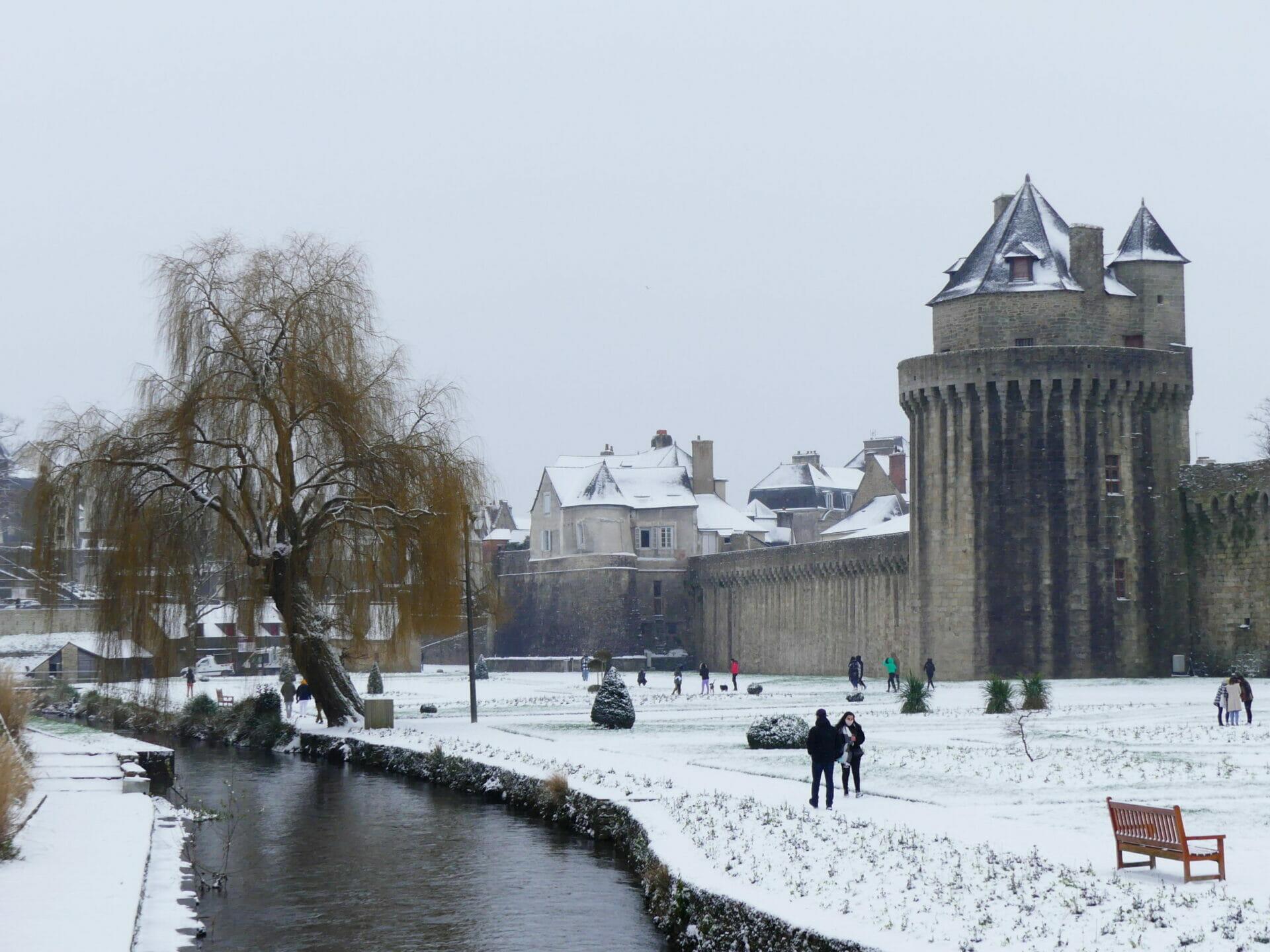 Vannes sous la neige